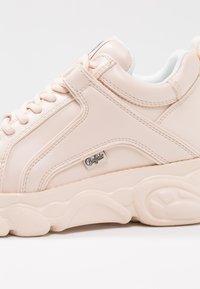 Buffalo - CORIN - Sneaker low - nude - 2