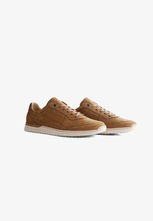 Sneakers laag - cognac