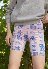 Obey Clothing - FLASH - Shorts - lavender - 2