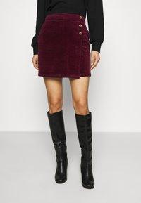 Dorothy Perkins - WRAP BUTTON SKIRT - Mini skirt - purple - 0