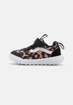 ULTRARANGE RAPIDWELD  - Sneakers laag - black/true white