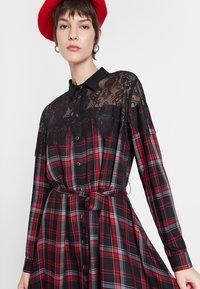Desigual - SEATTLE - Shirt dress - black/red - 3
