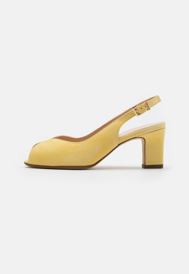 VEROMIQUE - Peep toes - lemon