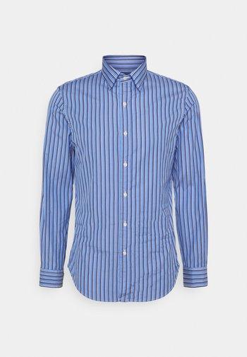 SLIM FIT STRIPED POPLIN SHIRT - Shirt - blue/navy