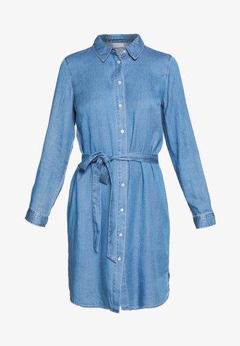 VIBISTA BELT DRESS - Dongerikjole - medium blue denim/clean wash