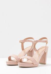 New Look - QUEEN - Sandály na vysokém podpatku - oatmeal - 4