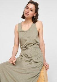 s.Oliver - Maxi dress - summer khaki - 4