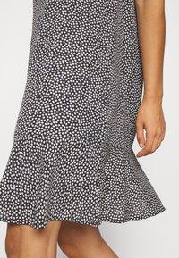 Moves - PATTY - Denní šaty - black - 5