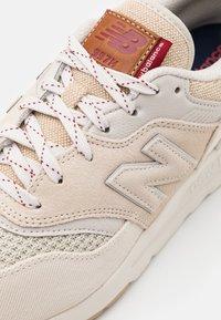 New Balance - 997 H UNISEX - Zapatillas - beige - 5