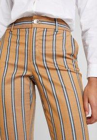 Mos Mosh - BELLA ZETH PANT - Trousers - bran - 4