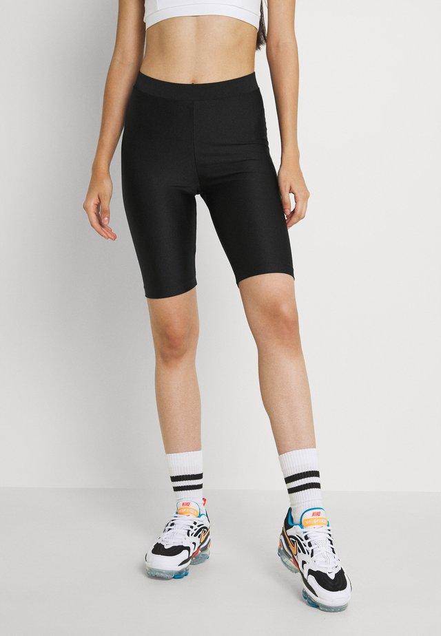 EDDA SHINY - Shorts - black dark