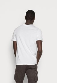 GAP - CORP LOGO - Print T-shirt - white - 2