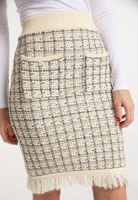 faina - Pencil skirt - wollweiss - 3