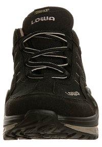 Lowa - GORGON GTX - Hiking shoes - black - 3