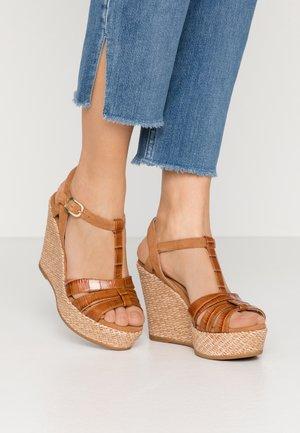 MOLINO - Sandály na vysokém podpatku - bisquit