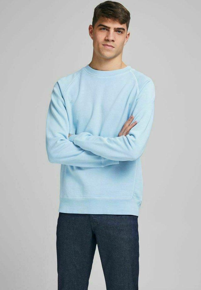 Sweater - dream blue