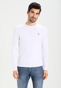 Napapijri - SENOS LS - Långärmad tröja - bright white - 0