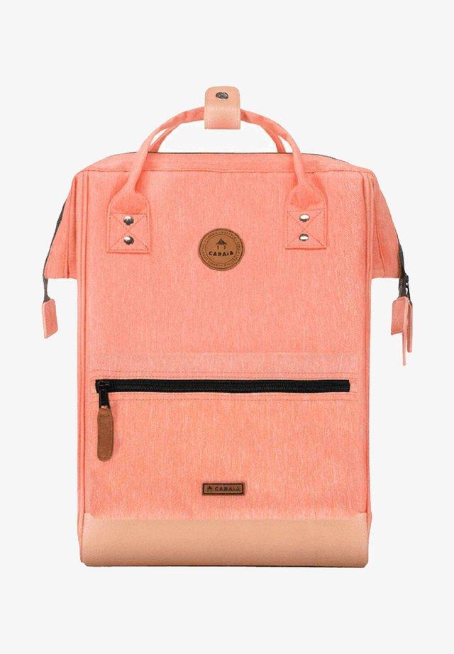 Tagesrucksack - light pink melanged
