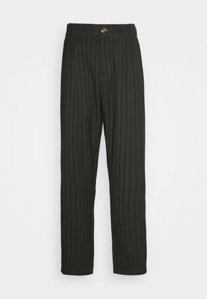 TROUSERS - Trousers - green stripe