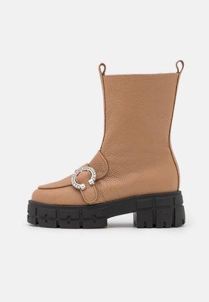 DROPS OF JUPITER - Platform ankle boots - beige