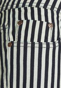Denim Project - MR ORANGE STRIPE - Shorts - 167 block - 2