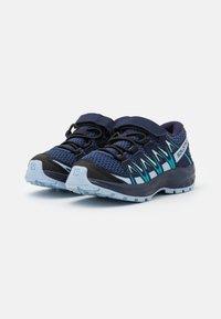 Salomon - XA PRO 3D UNISEX - Zapatillas de senderismo - blue indigo/kentucky blue/capri breeze - 1