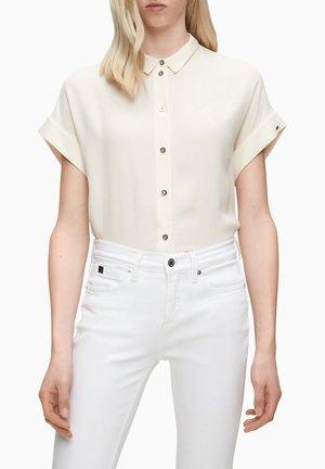 Košile - white smoke