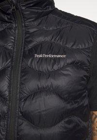 Peak Performance - HELIUM VEST - Bodywarmer - black - 4