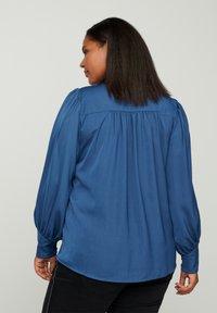 Zizzi - MIT BINDEDETAIL - Button-down blouse - dark blue - 2