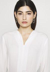 Esprit Collection Petite - Pusero - off white - 3
