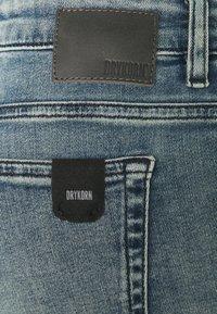 DRYKORN - NEED - Skinny-Farkut - light blue - 8