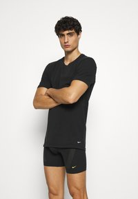 Nike Underwear - CREW NECK 2 PACK - Aluspaita - black - 1