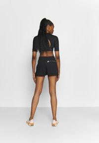 adidas by Stella McCartney - SWEAT SHORT - Sportovní kraťasy - black - 2