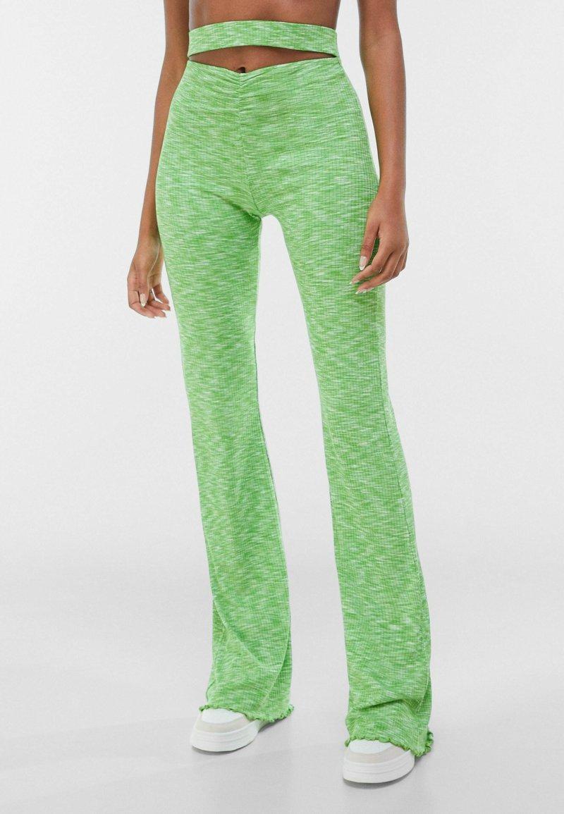 Bershka - Leggings - Trousers - green