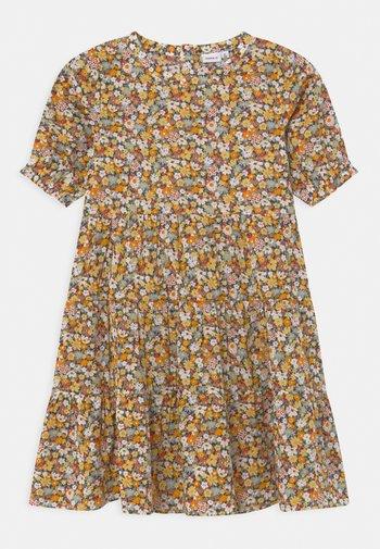 NKFHISSINE - Košilové šaty - persimmon