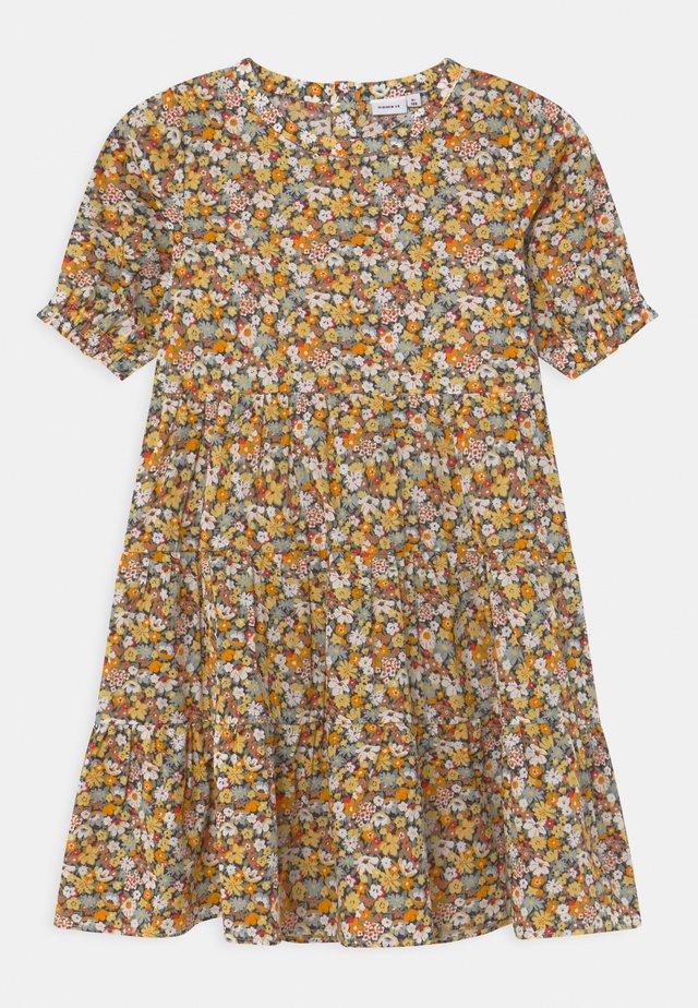 NKFHISSINE - Abito a camicia - persimmon