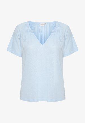 CRLUNA - T-shirts - cashmere blue
