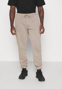 Reebok Classic - PANT - Pantaloni sportivi - trek grey - 1