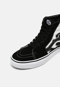 Vans - SK8-HI UNISEX - Vysoké tenisky - black/white - 6