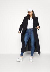 GAP - Straight leg jeans - medium charlotte - 1