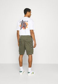 Abercrombie & Fitch - Shorts - grape leaf - 2