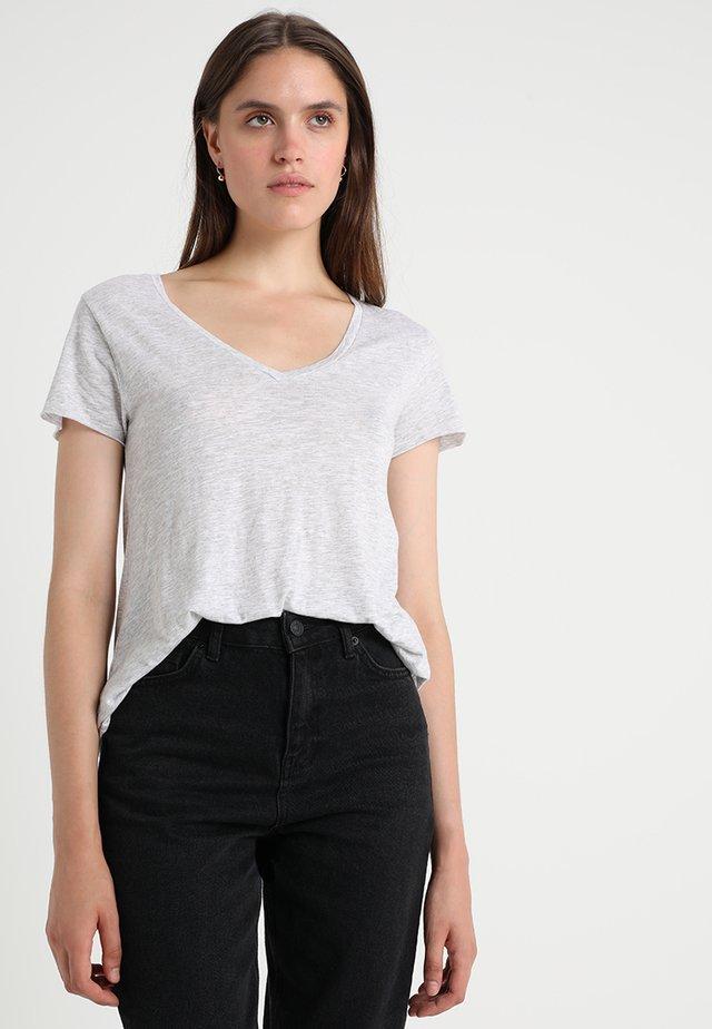 JACKSONVILLE V NECK TEE - T-shirt basic - grey