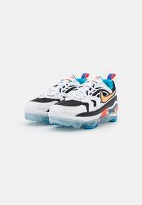 Nike Sportswear - AIR MAX VAPORMAX EVO - Trainers - black/bright citrus/white/laser blue/bright crimson - 3