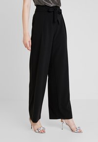 ONLY - ONLSICA WIDE PANTS - Pantalon classique - black - 0