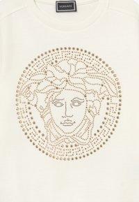 Versace - Mikina - bianco lana - 3