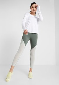 Nike Performance - EPIC LUX  - Leggings - juniper fog/pistachio frost/reflective silver - 1