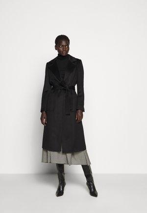 RUNAWAY - Classic coat - black