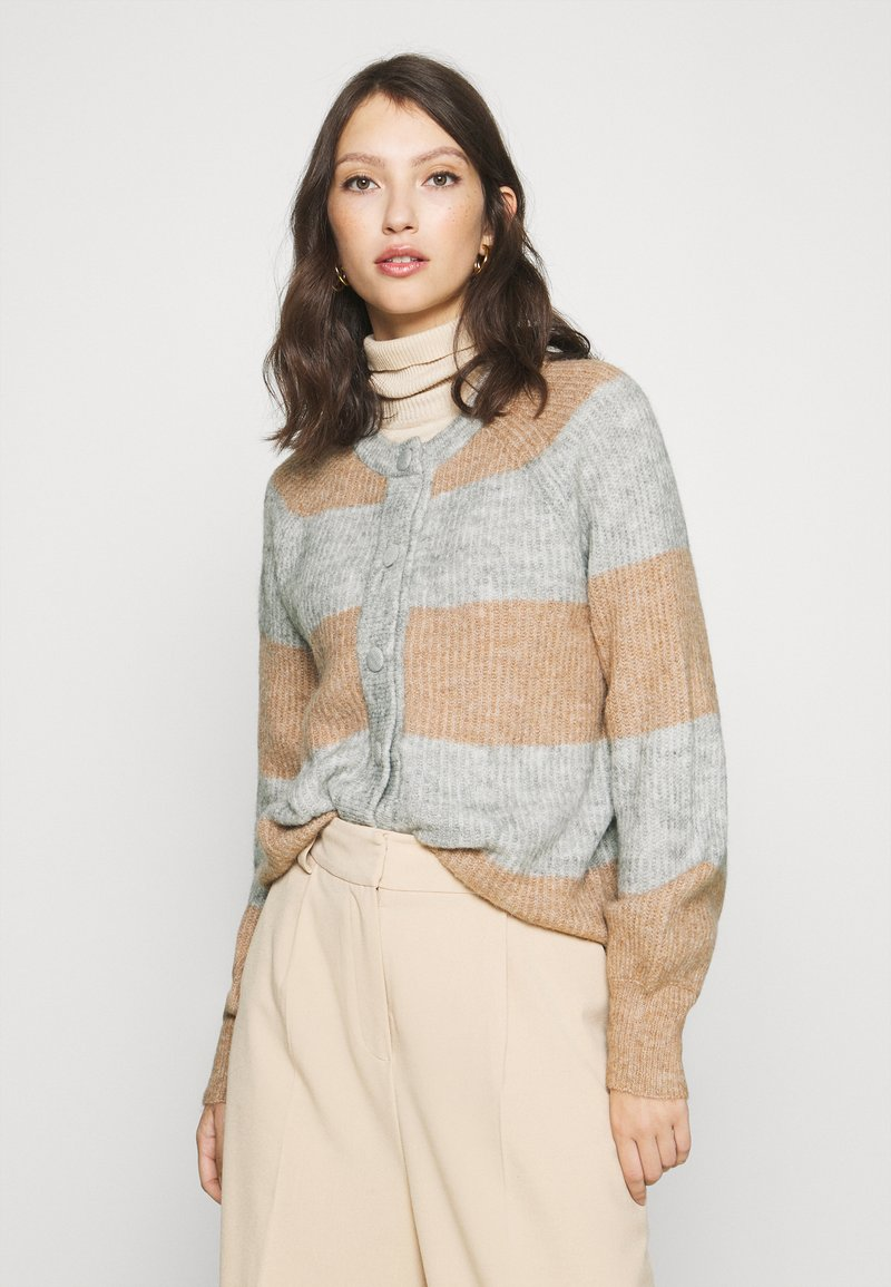 YAS - YASALLU STRIPE CARDIGAN - Cardigan - light grey melange/tawny brown