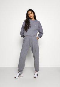 BDG Urban Outfitters - PANT - Pantaloni sportivi - pacific blue - 1