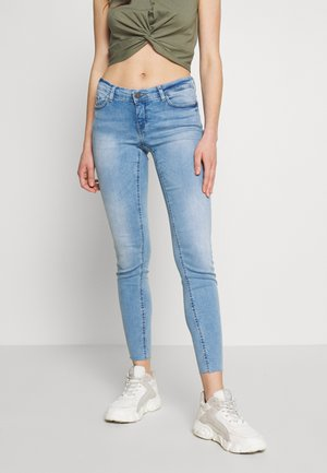 NMEVE ANKLE ZIP - Skinny džíny - light blue denim